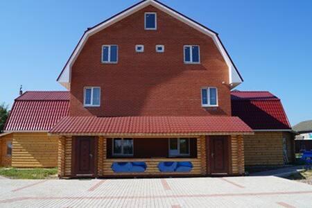 Загородный  коттедж с русской баней - Gatchinsky District - Casa