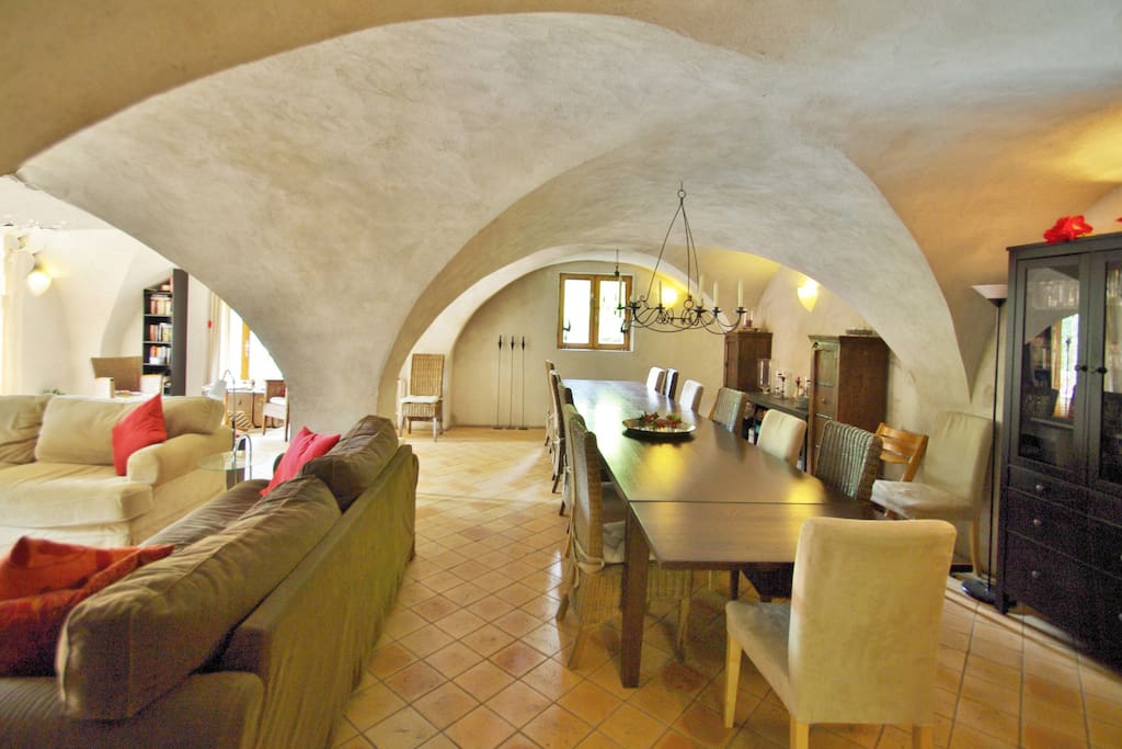 Vaulted lounge