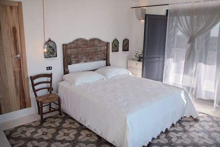 Puglia-relax deep in the country - Otranto