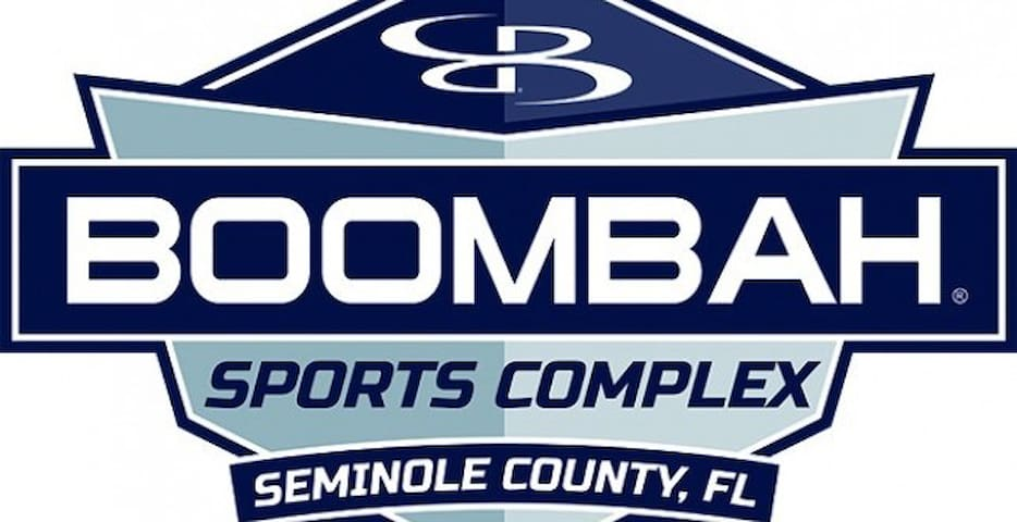 Just 5.7 miles, 10 minutes to Boombah Sports Complex