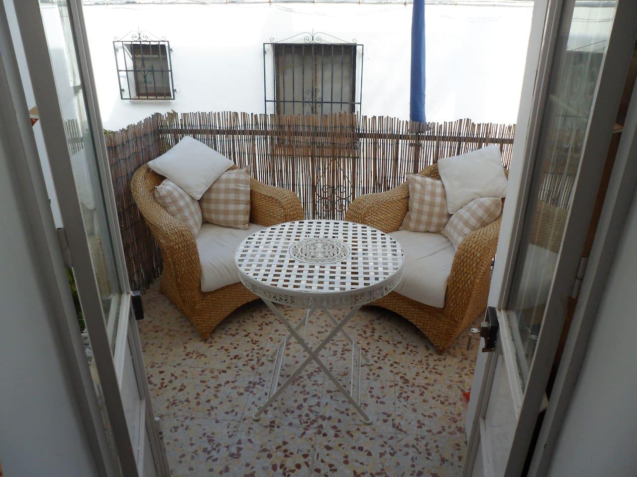 Casa Jose Overlooking The Ocean Casas En Alquiler En Nerja  # Muebles Hermoso Nerja