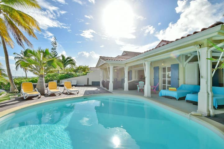 Villa de 3 chambres à Saint-François, avec piscine partagée - à 10 m de la plage