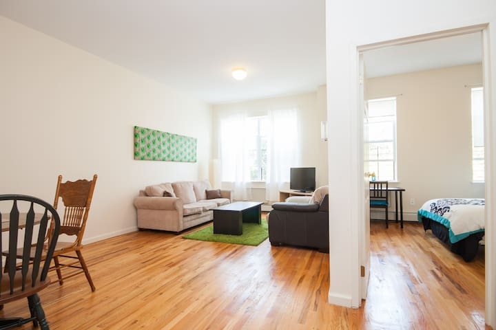 HUGE 2BR+1BA Apt For Group Only 15 Min To NYCity