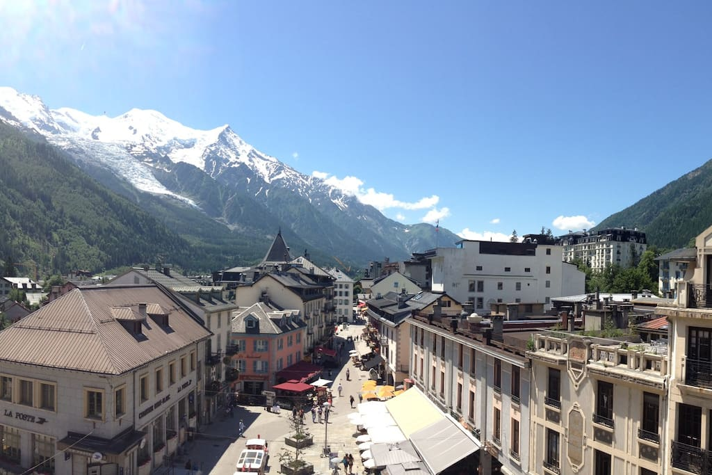 Amazing view of Mont-Blanc - center of Chamonix