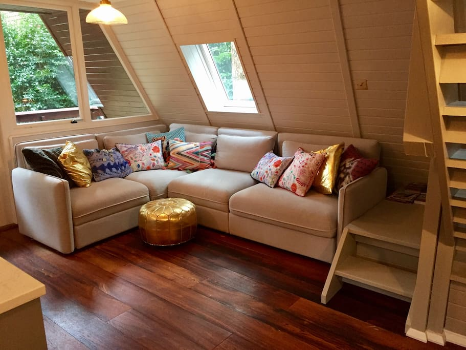 Lounge comforts