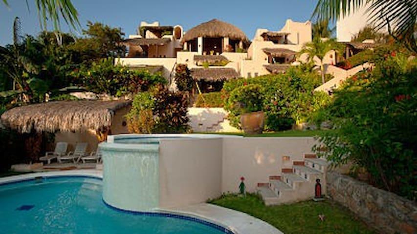 room & spacious ocean view terraza - Santa María Huatulco
