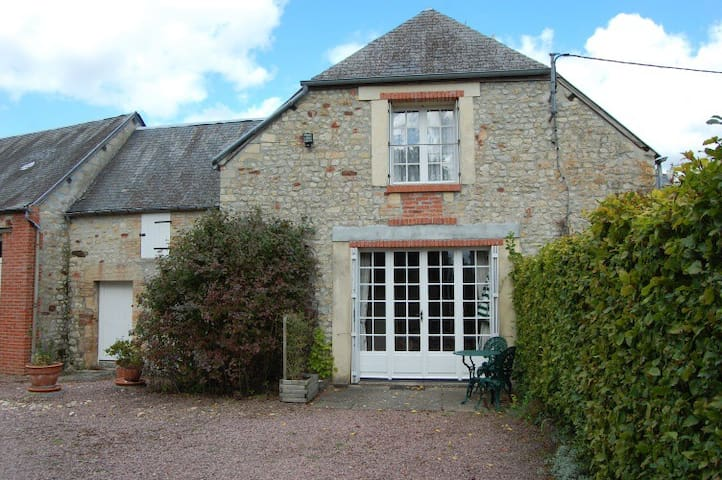 Authentic Cottage in Normandy - Castilly - Rumah