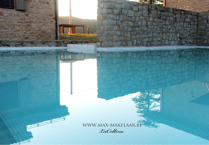 2 LUXEvilla's op domein met zwembad en ligweide