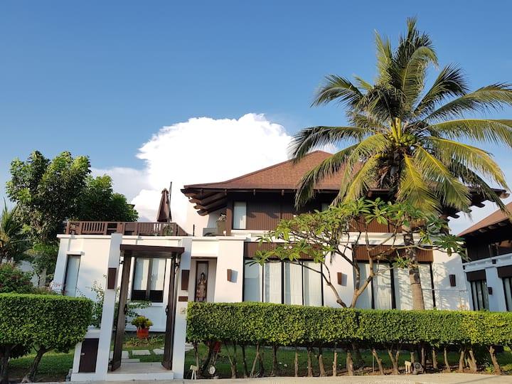 Village 5 bedrooms - The Oriental Beach Village