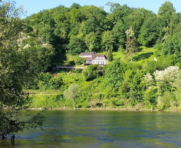 Dordogne Panorama magnifique; piscine chauffée