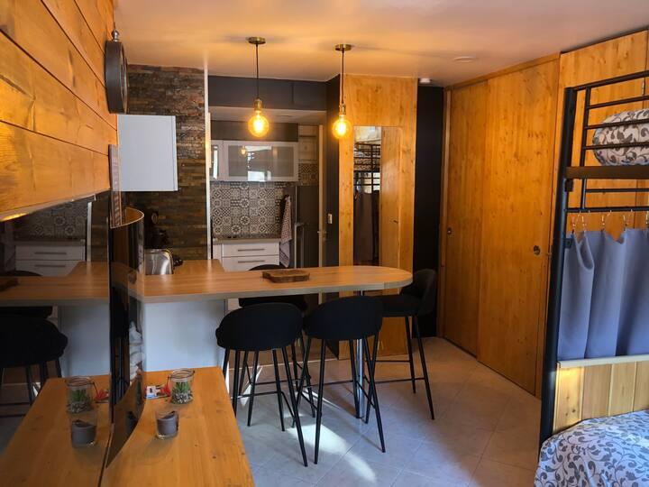 Studio cosy Praloup 1600