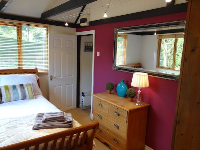 B&B accomodation - Hindhead