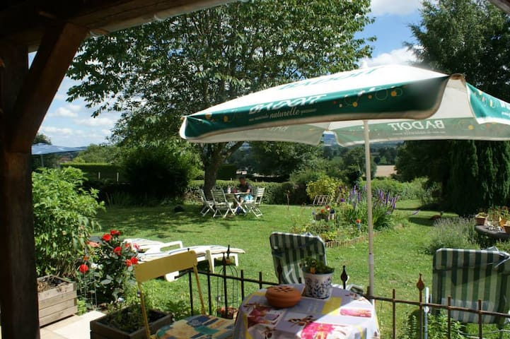 Bed&Breakfast La Maison Bleue - Lapeyrouse - Bed & Breakfast