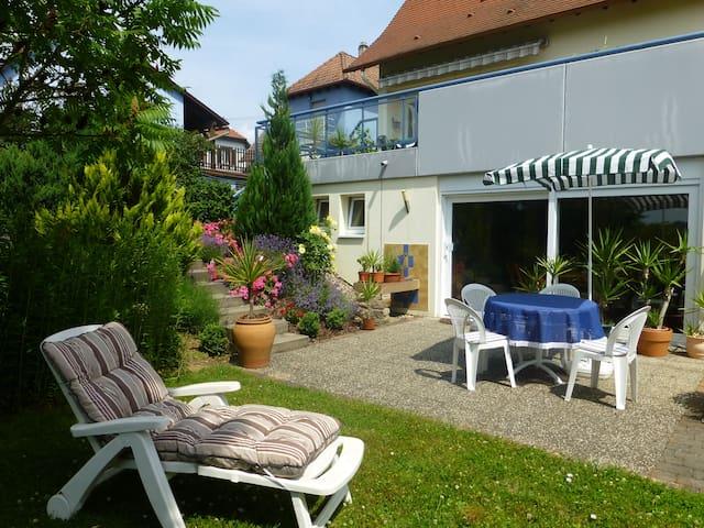 """gite rural """"rez de jardin"""" - Kutzenhausen - Casa"""