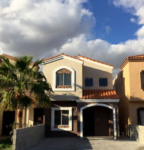 Mexicali Home with Gated 24hr security