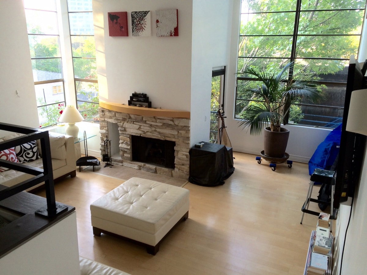 Room In Apartment In LA/Studio City   Condominiums For Rent In Los