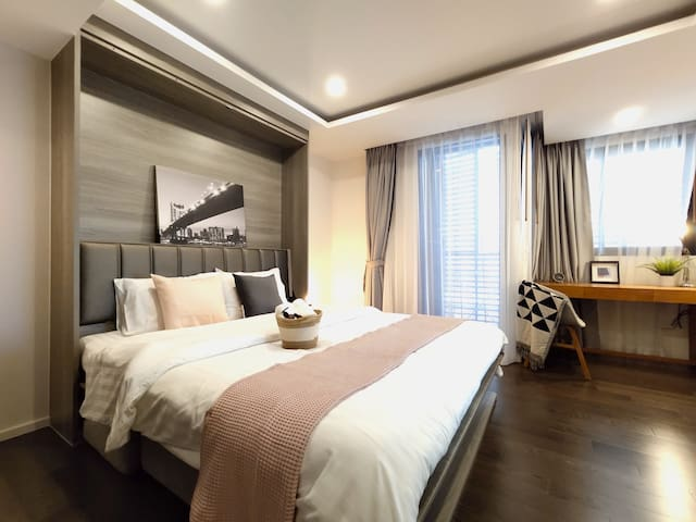 LUXURY&CENTRAL . 5mins walk to BTS Asok! max2ppl!