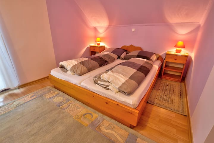 Country House Slemenšek - Queen Size Bed