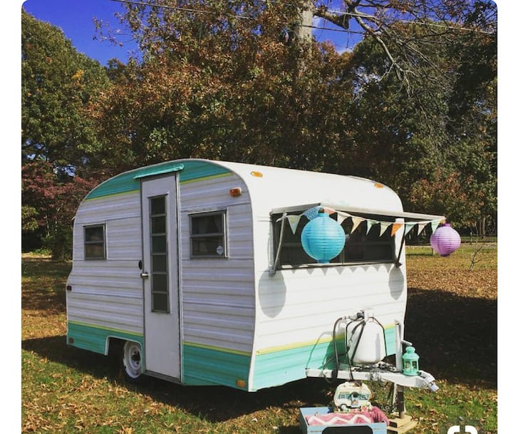 Vintage Glamping Play Mor