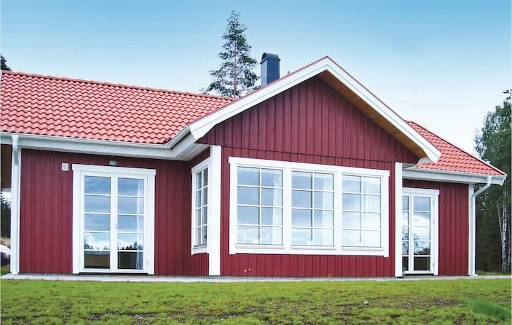Amazing home in Ryd with Sauna and 3 Bedrooms