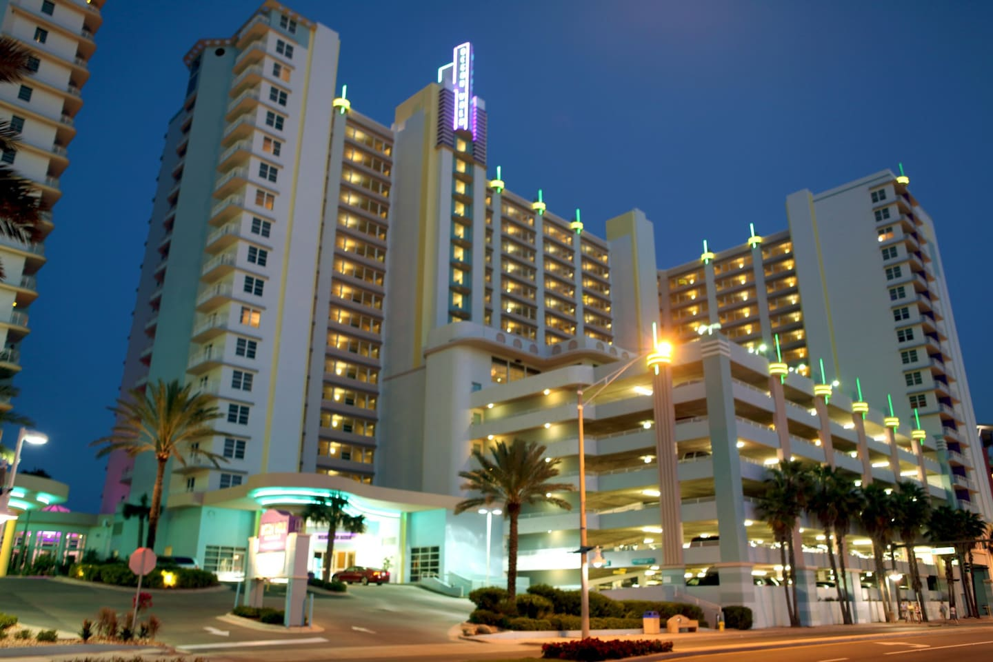 Aug Dec For 3 21 Nights Wyndham Ocean Walk Resort Serviced Apartments In Daytona Beach Florida United States