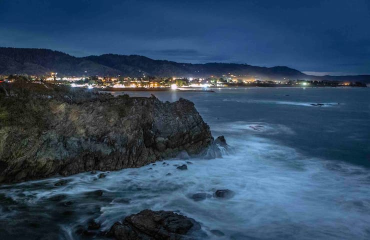 Coastal Retreat on The Peninsula