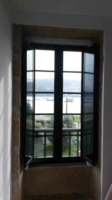 Vista a la Ria de Vigo desde el salón de la casa