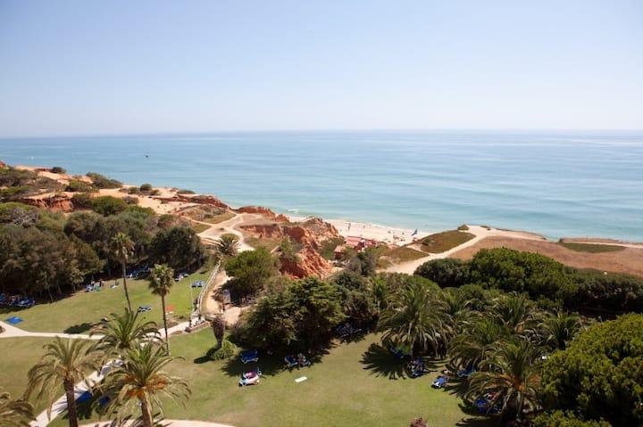 Albufeira, Algarve - Villa 4min beach walking!