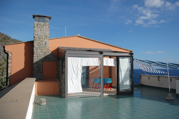 Small beach house near 5 Terre - Bonassola - Huis