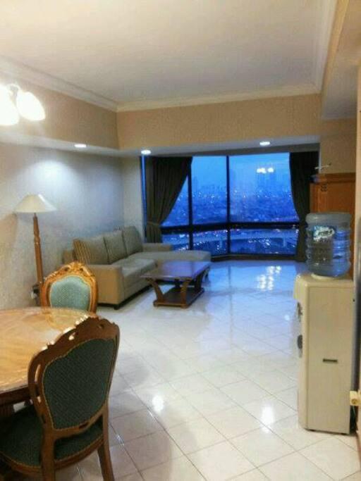 Livingroom and salon with wonderful cityview