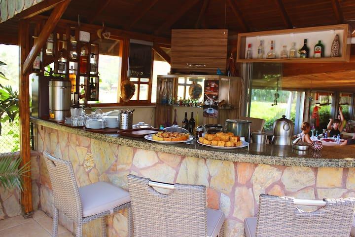 Adrasan Papirus Hotel - Adrasan Belediyesi - Wikt i opierunek