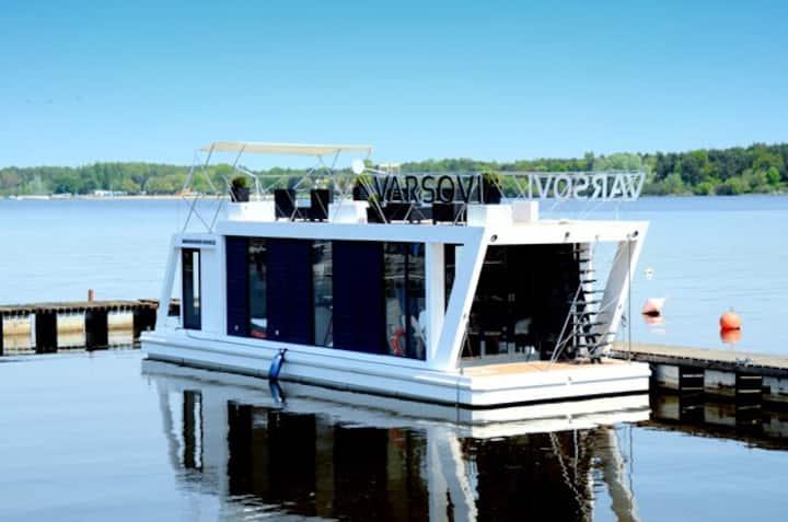 Houseboat Varsovi
