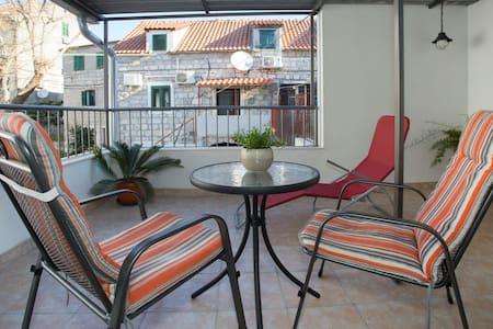 Apartment FELIX (free parking)