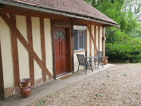 Accommodation located 15 minutes from Versailles