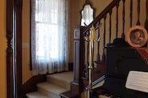 Foyer, with antique Steinway piano.