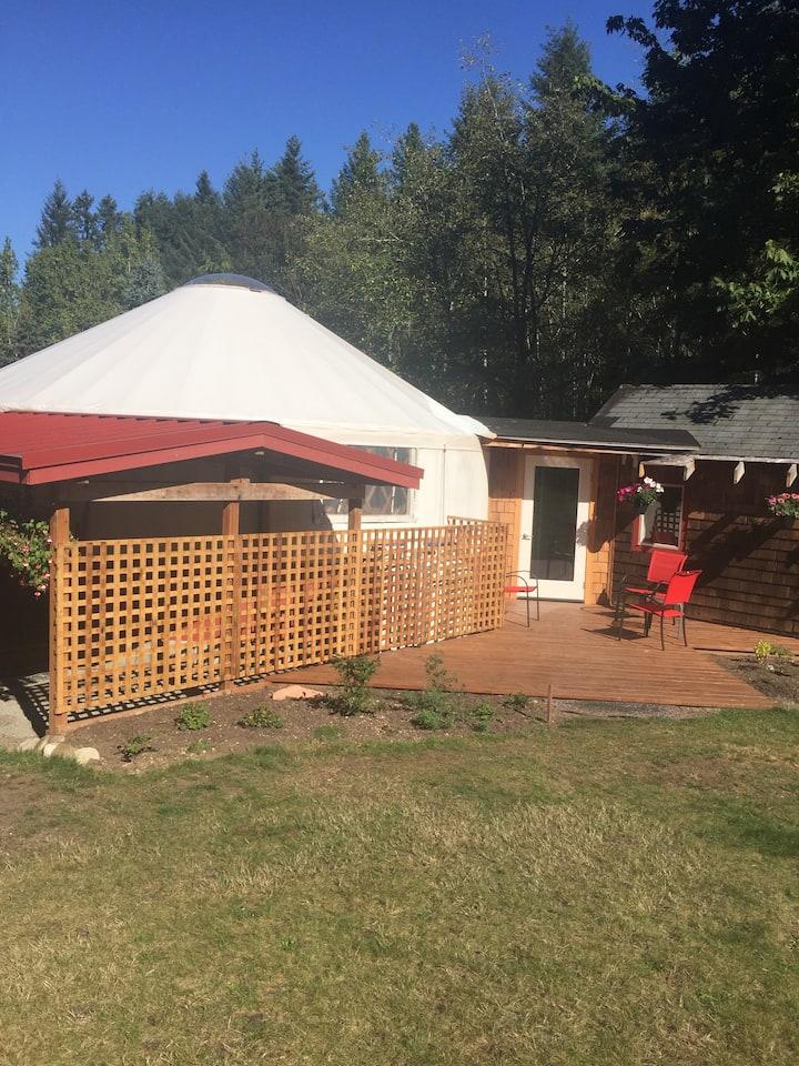 Mendingwall Farm Yurt at Seabeck