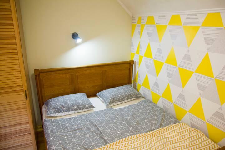 Yellow apartment № 1