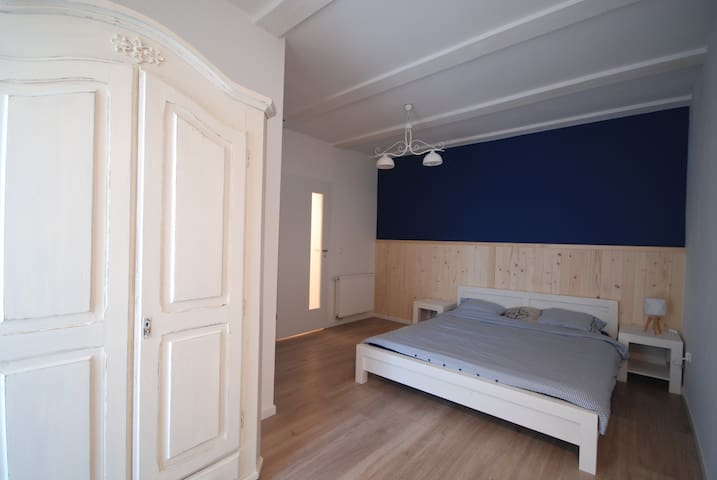 Pod Winogronami: Apartament z ogrodem - Mielno - อพาร์ทเมนท์