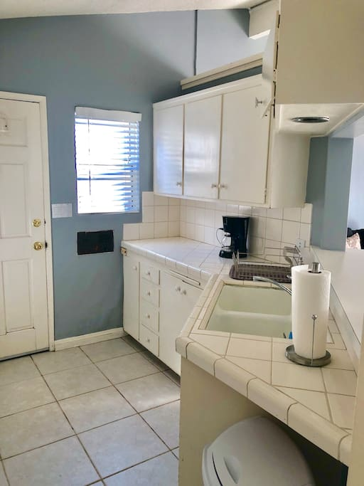 Kitchen / Coffee maker available
