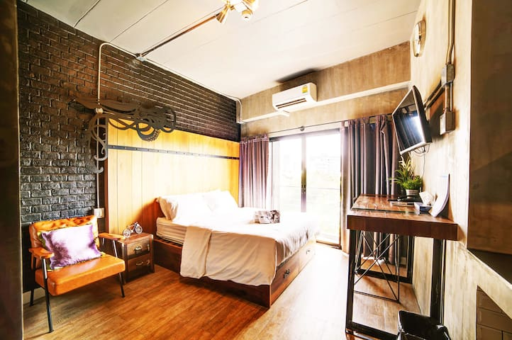 Rent V38  - Studio With Balcony and Free Gym Access with Swimming pool and Sauna
