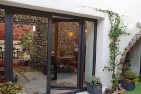 maison atypique Noves 140 m2 - Noves
