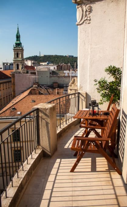 Balcony with stunning view to Gellért hill