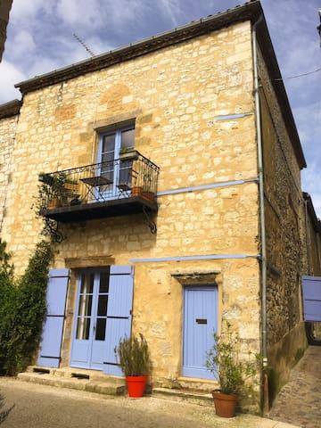 Maison de village avec terrasse - Monflanquin - Huis