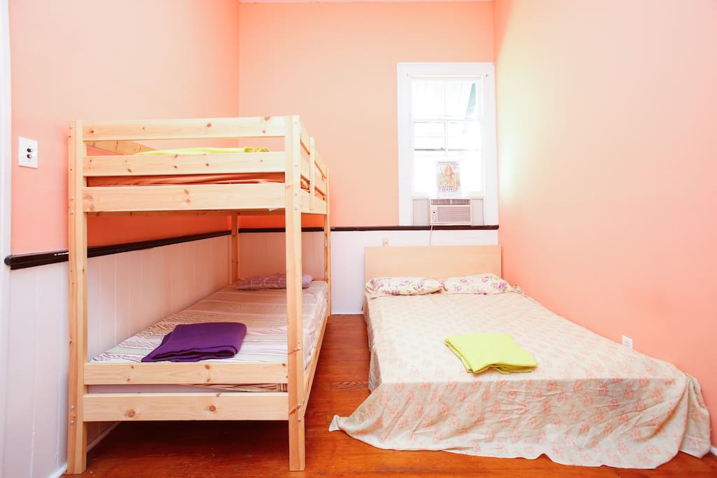 Queen bed and bunk bed third room