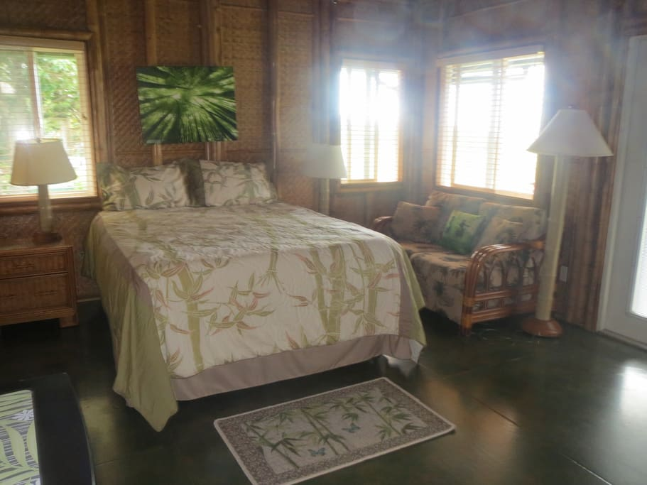 The Omaomao (Green) Room!