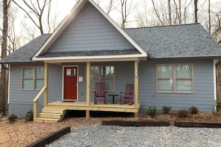 Lone Bear Cottage #2