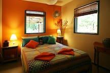 Queen room with tropical garden outlooks