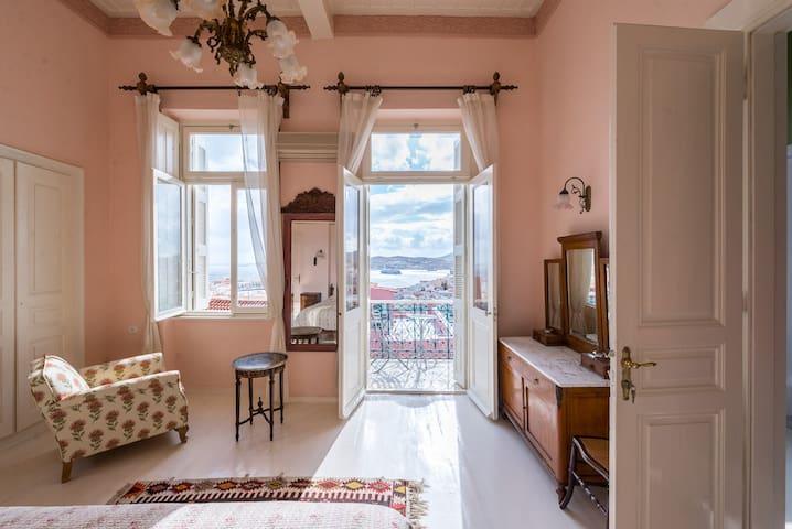 Villa Maria-Syros,Narkissos