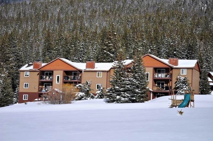 BRCR Blue River Condos 3 Bed 2 Bath Breckenridge