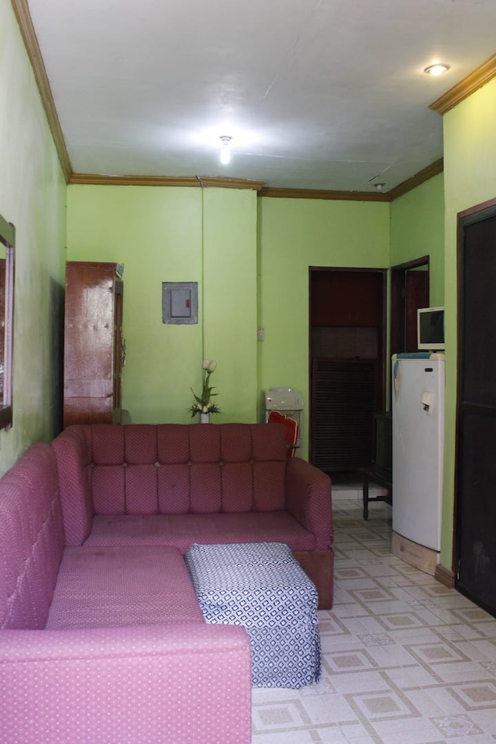 Transient Room (with Air Condition)